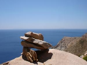 Hiking trail cairn in Kourelos, Ikaria