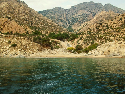 Kalou beach