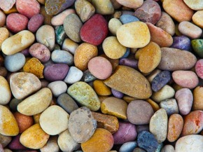 Since I started beachcombing for colourful pebbles, sea glass, terracotta pottery and other surf tumbled delights, I learnt a few techniques that might help a beginner to this wonderful past time; and thought I would share them with you.