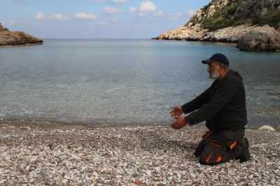 Eleni's blog in Ikaria: The Aegean's nameless dead