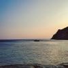 La playa de Manganitis al amanecer, despues de la noche en el mausoleo